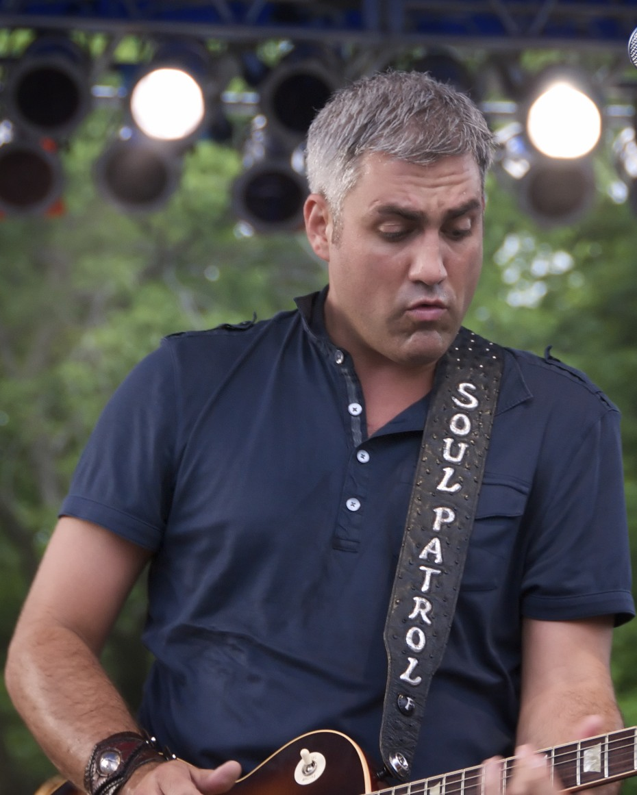 Taylor Hicks On Patrol Taylor Hicks Band Ready To Roll