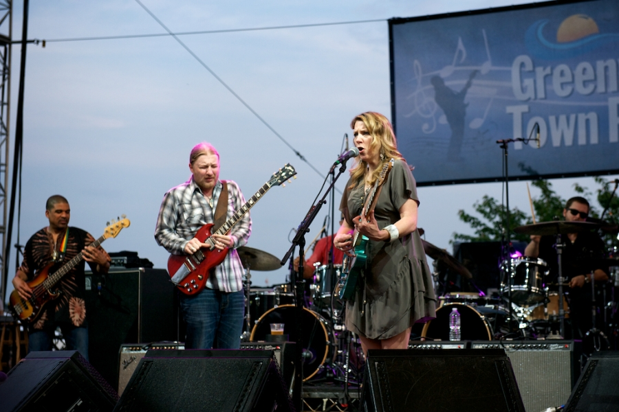RIJ_5485_Tedeschi_Trucks_Band-Greenwich_Town_Party