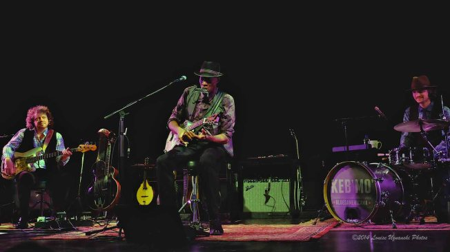 Tom Shinness, Keb' Mo' and Casey Wasner