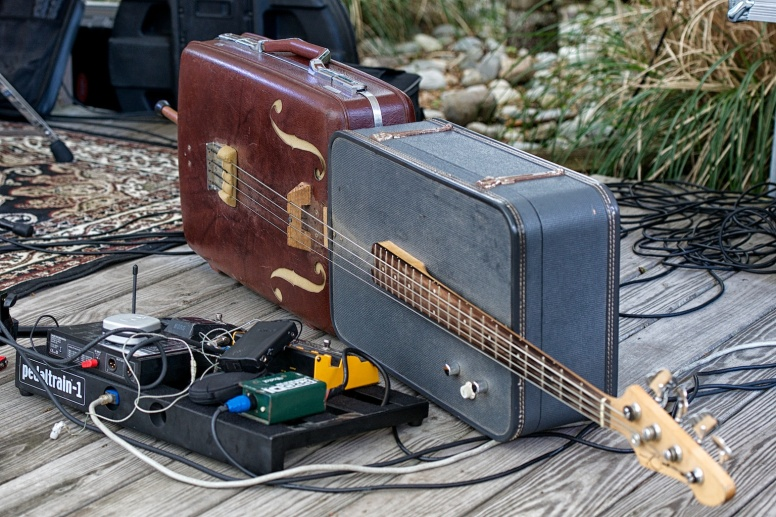 Suitcase Bass