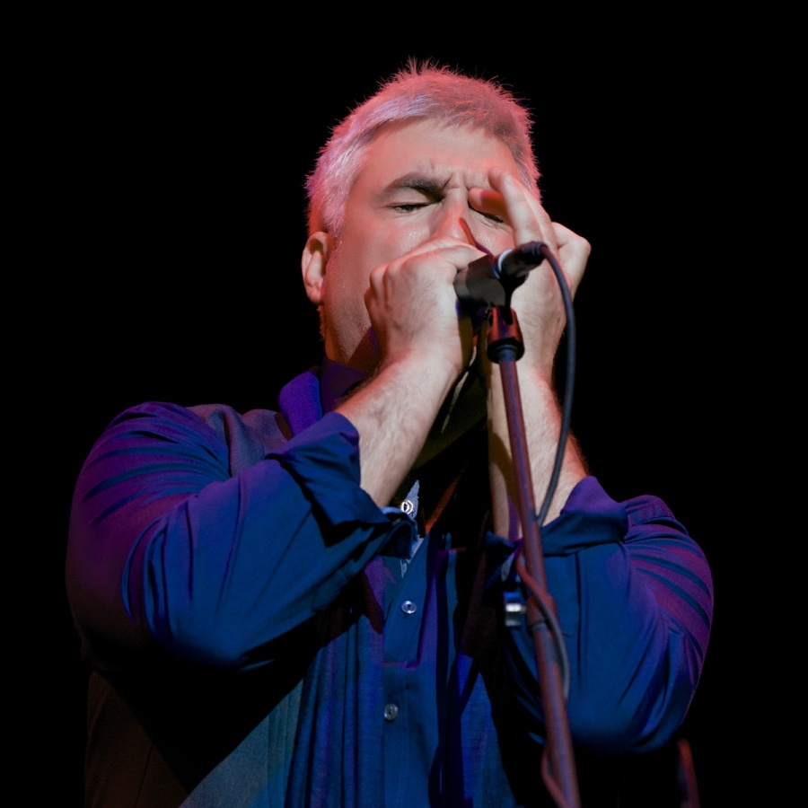 Taylor Hicks photo by Louise Uznanski